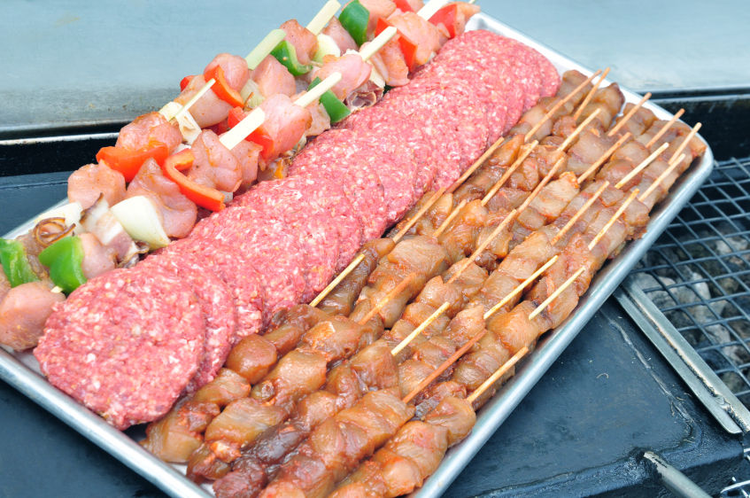 hoeveelheid vlees per persoon barbecue